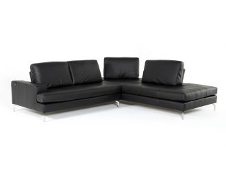 Estro Salotti Voyager - Modern Black Leather Right Facing Sectional Sofa