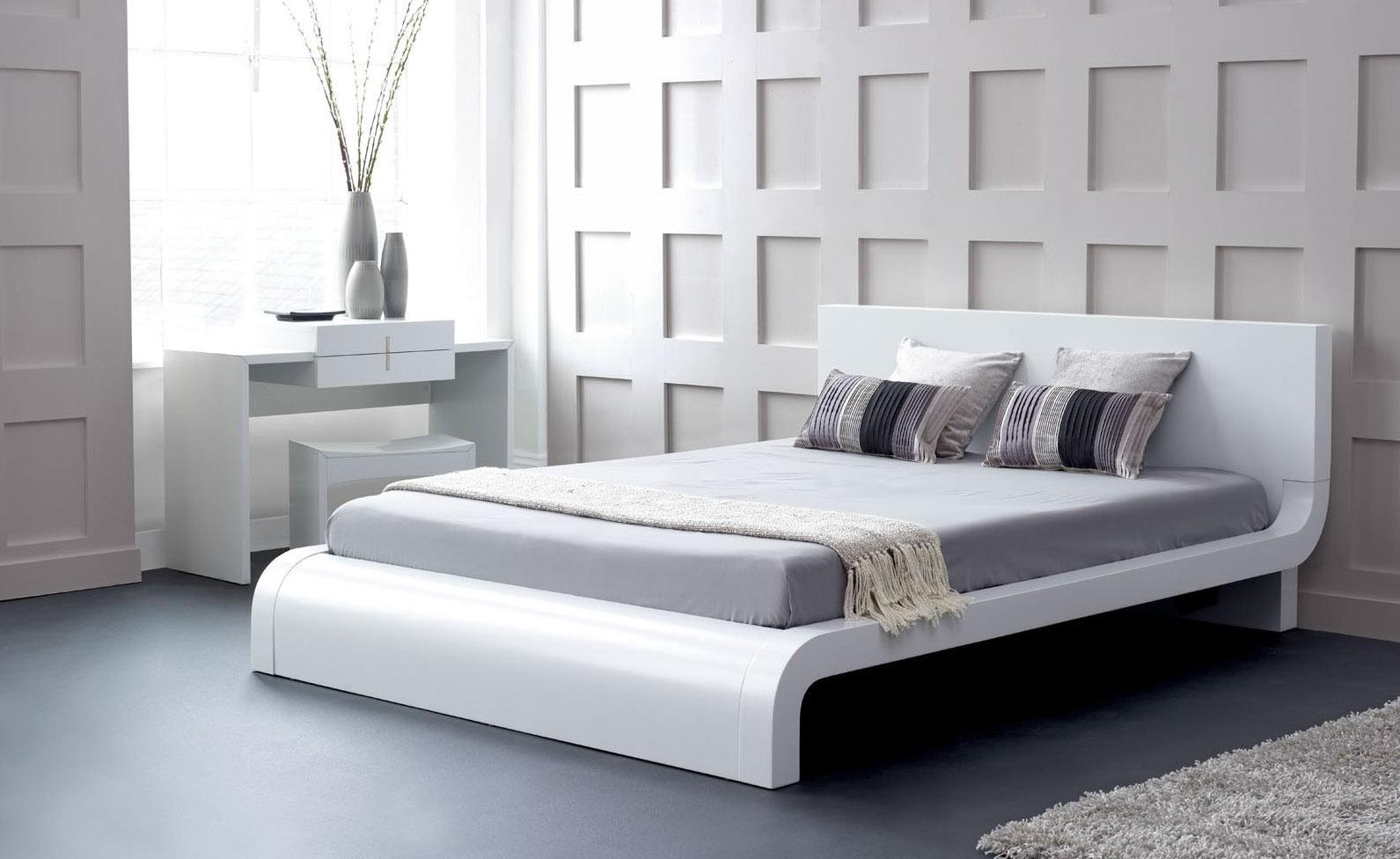 Roma Modern Platform Bed. Modern Platform Bed